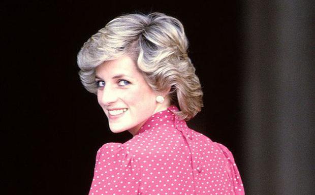 Người duy nhất sống sót trong tai nạn thảm khốc của Công nương Diana: Phải phẫu thuật khuôn mặt, bị kiện tụng và thuyết âm mưu bủa vây hơn 2 thập kỷ - Ảnh 10.