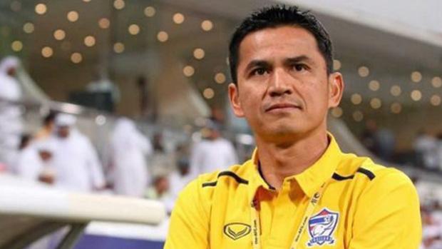 Đội hình xuất sắc nhất thập kỷ của Đông Nam Á: Việt Nam có tới 3 cái tên góp mặt nhưng HLV Park Hang-seo lại phải nhường chỗ cho Zico Thái - Ảnh 4.