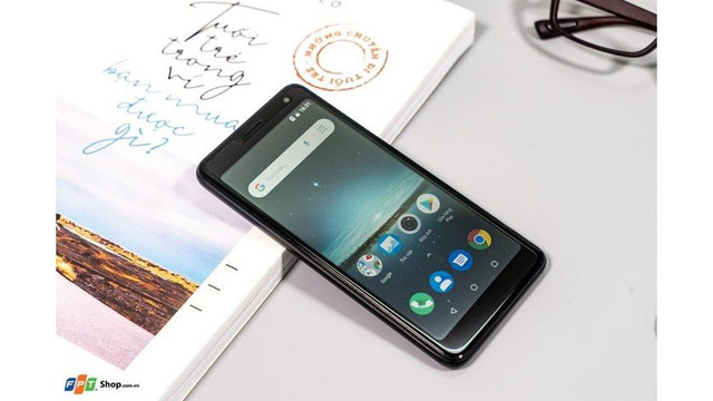 Soi 10 điện thoại rẻ nhất Việt Nam năm 2020, trong đó đến 2 mẫu smartphone của tỷ phú Phạm Nhật Vượng - Ảnh 1.