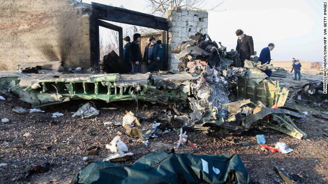 Ukraine loại trừ âm mưu khủng bố trong vụ tai nạn máy bay thảm khốc ở Iran, vận hạn tiếp tục đeo bám Boeing  - Ảnh 2.