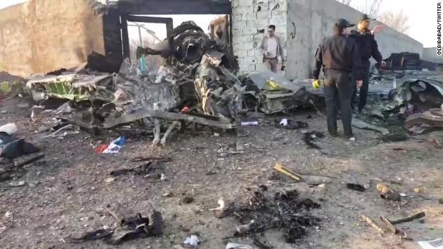 Ukraine loại trừ âm mưu khủng bố trong vụ tai nạn máy bay thảm khốc ở Iran, vận hạn tiếp tục đeo bám Boeing  - Ảnh 1.