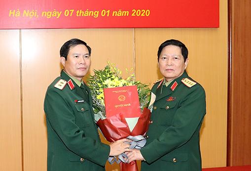 5 tướng lĩnh quân đội nhận nhiệm vụ mới - Ảnh 1.