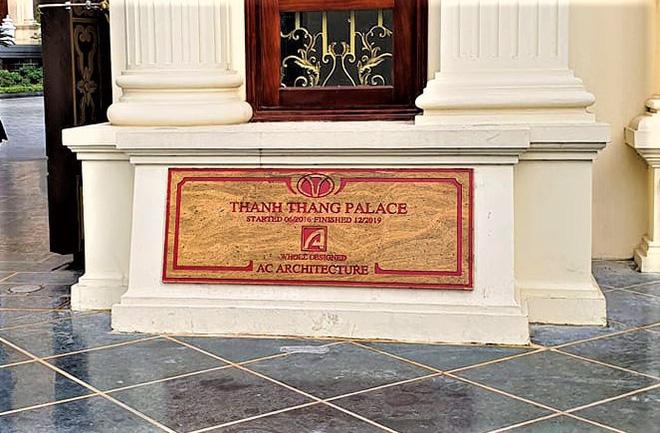 Cận cảnh bên trong tòa lâu đài dát vàng nghìn tỷ của đại gia Ninh Bình - Ảnh 1.