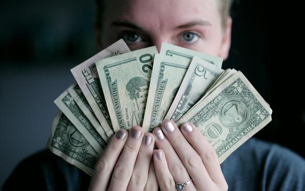 Bài học từ nghệ thuật kiếm tiền đỉnh cao: Nhân viên văn phòng thu nhập siêu khủng, ai bảo khó? - Ảnh 1.