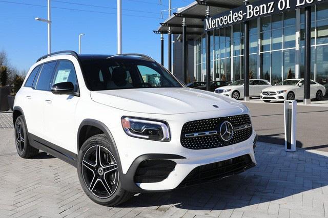 Loạt xe sang BMW, Mercedes, Audi nhập về Việt Nam có thể giảm giá tới cả tỷ đồng, VinFast được xuất khẩu xe 'giá rẻ' sang châu Âu - Ảnh 1.