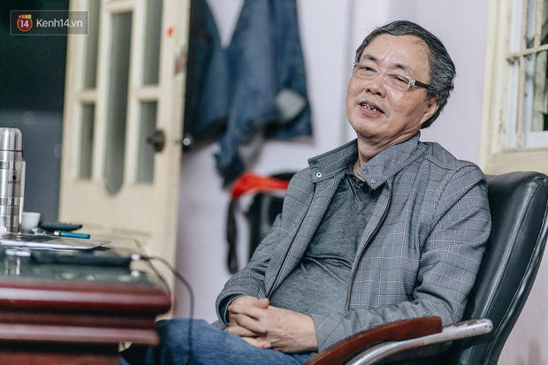 Thầy dạy Toán 65 tuổi sáng tác bài hát Đánh giặc Corona dậy sóng cộng đồng mạng: Chẳng nhẽ trong cuộc chiến này, âm nhạc lại đứng ngoài? - Ảnh 1.