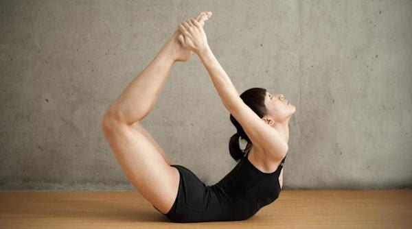 Nghỉ dài ngày vì dịch Covid-19, đừng quên sức khỏe mới là kim bài của đời bạn: Tận dụng thời gian tập yoga tại nhà vừa khỏe thể chất, vừa nâng cao tinh thần - Ảnh 4.