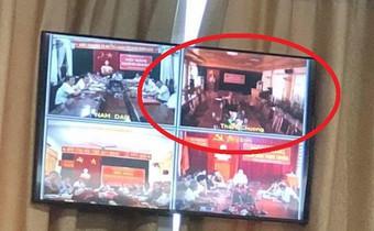Vì sao huyện Thanh Chương bỏ họp khi Chủ tịch tỉnh phát biểu?