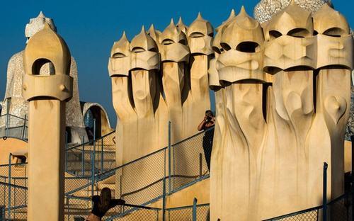 8 cong trinh co kien truc khiem nha nhat the gioi Chiêm ngắm 8 công trình có kiến trúc khiếm nhã nhất thế giới