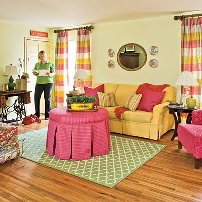 Cozy And Colorful Living Room