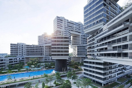 Công trình là tổ hợp chung cư với 31 khối nhà được sắp xếp theo dạng tổ ong. Mỗi khối có 6 tầng được xếp chồng lên nhau.
