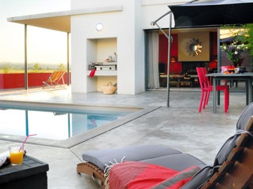 nha dep ruc ro voi sac do may man dau nam Thiết kế không gian nhà đẹp rực rỡ với sắc đỏ may mắn đầu năm