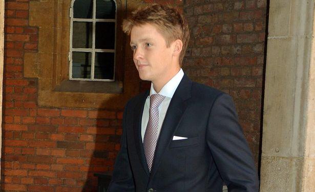 Hugh Grosvenor, 25 tuổi, trở thành tỉ phú trẻ tuổi nhất trong số 400 người giàu nhất thế giới.