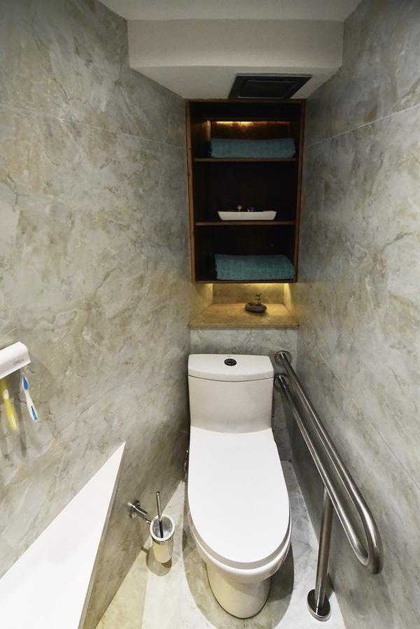Phòng tắm - vệ sinh thiết kế nhỏ gọn và tận dụng tối đa không gian.