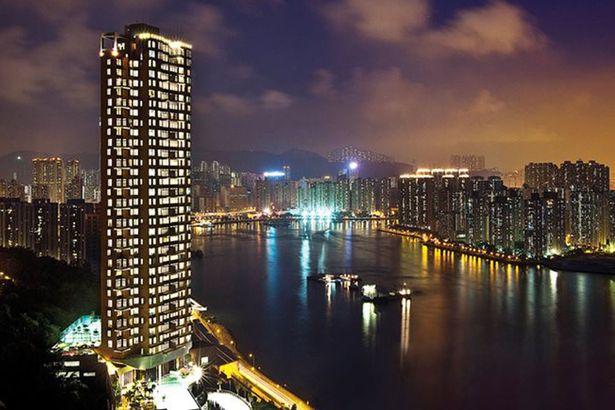 Khu dân cư phức hợp 33 tầng, Westminster Terrace.