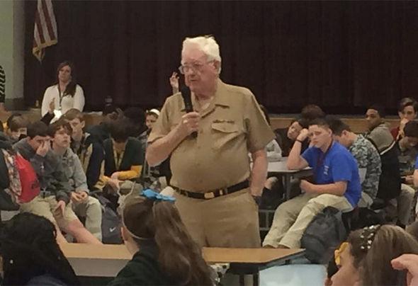 Ernie Andrus là cựu binh tham chiến trong Chiến tranh Thế giới thứ II, người đã chinh phục mọi cung đường của nước Mỹ.