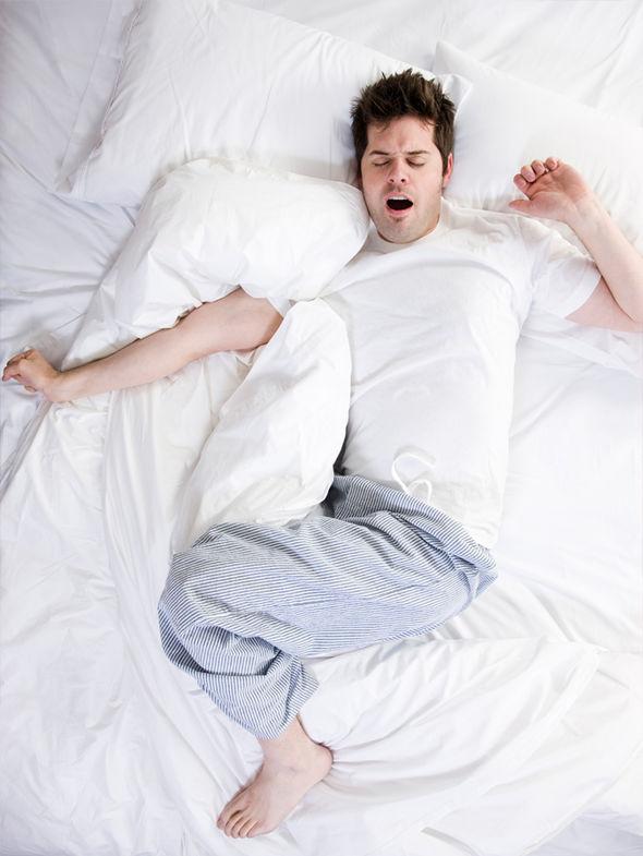 Bộ đồ ngủ chật không chỉ đánh thức bạn trong đêm mà còn giảm chức năng sinh sản ở nam giới