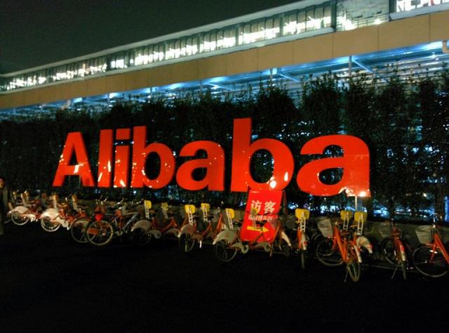 Alibaba vẫn đang tăng trưởng, khiến cho cổ phiếu của gã khổng lồ này vẫn là tài sản giá trị.
