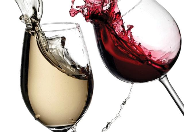 Uống rượu, đặc biệt là rượu vang, rất tốt cho sức khỏe.