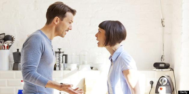 Tranh cãi về tiền bạc thường xuyên kéo dài và căng thẳng hơn các bất đồng khác.
