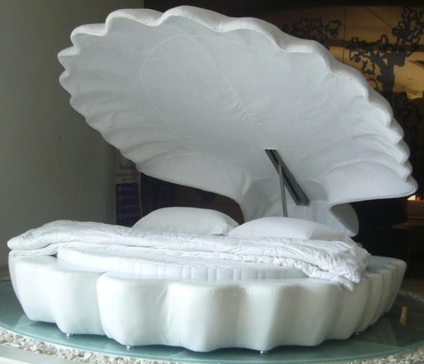 Chiếc giường hình chú sò này khiến bất kỳ ai trông thấy cũng muốn nằm thử.