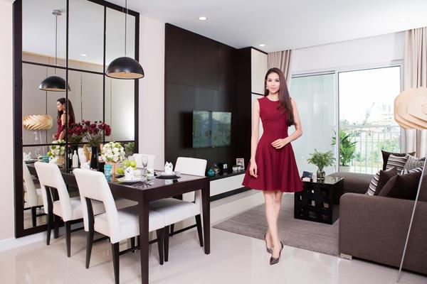 Hiện tại, người đẹp đang rất quan tâm đến một căn hộ rộng hơn 80m2 thuộc dự án Sunrise Riverside, công trình mới nhất của Novaland tại khu Nam, TP HCM.