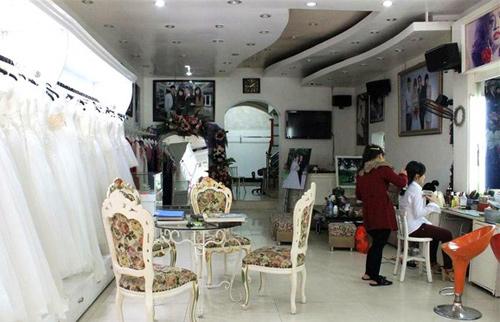 Ảnh viện áo cưới của nhà Kỳ Duyên là 1 trong những studio nổi tiếng của TP. Nam Định.
