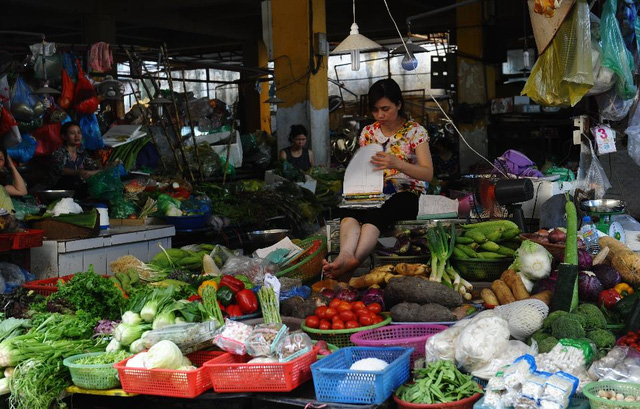 Nhiều hàng hoá được bán mà không có xuất xứ rõ ràng.