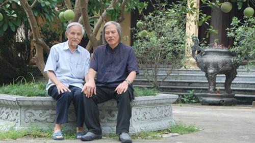 Ông Trịnh Xuân Giới với tác giả.