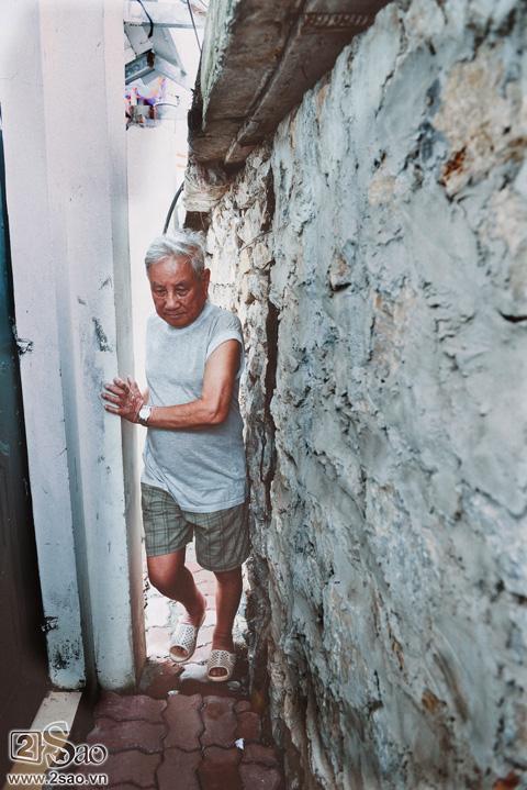 Lối vào nhà cụ Vũ Văn Bổng chỉ còn 50 cm