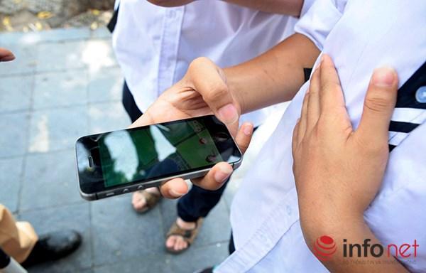 Đây là một trò chơi đang phát triển thành một trào lưu trong giới trẻ sử dụng smartphone với phần mềm định vị và bản đồ trên điện thoại.