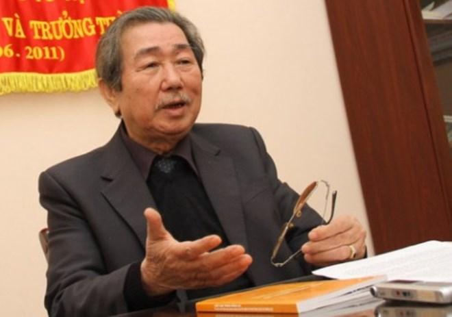 Ông Nguyễn Mạnh Hùng, nguyên Chủ tịch Hiệp hội Ô tô Việt Nam. (Ảnh: giaoduc)