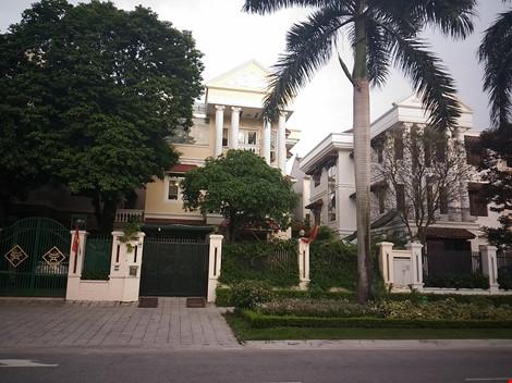 Ông Trịnh Xuân Thanh đã vắng nhà (màu vàng) nhiều ngày nay sau khi nói với gia đình vào Hậu Giang công tác. Ảnh: TUYẾN PHAN