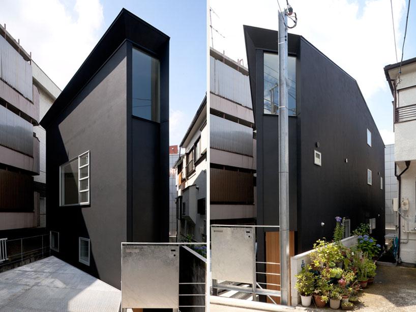 Cửa sổ nhiều kích thước đem đến ánh sáng bao trùm khắp ngôi nhà.
