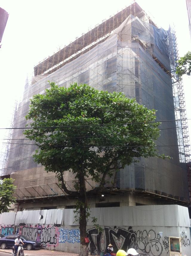 Trên thị trường có 1 số thông tin đồn đoán rằng Doji vẫn để dự án bỏ hoang là để chờ xin cấp phép nâng thêm tầng dự án?