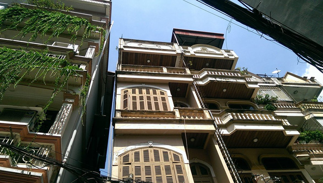Căn nhà bị nghiêng số 177 cùng chung móng nhà với căn nhà 179