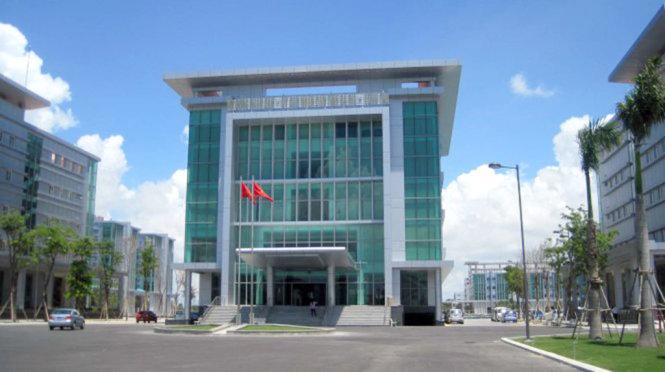 Tòa nhà trung tâm hành chính tỉnh Bà Rịa - Ảnh: ĐÔNG HÀ