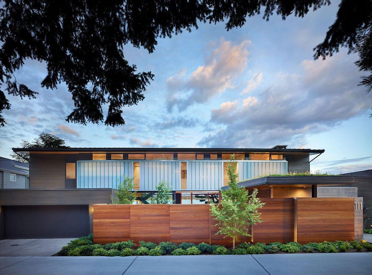 The Courtyard House cực hiện đại.