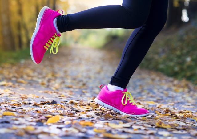 Giày thể thao chỉ có thể bảo vệ khi vừa vặn với đôi bàn chân.