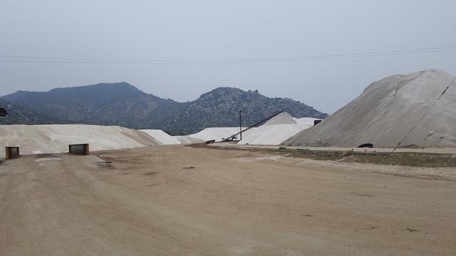 Khu vực khai thác muối nằm trong khu công nghiệp Cà Ná