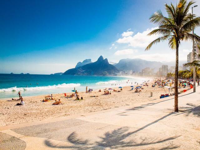 Rio là thành phố nổi tiếng với các bãi biển đẹp mê hồn.