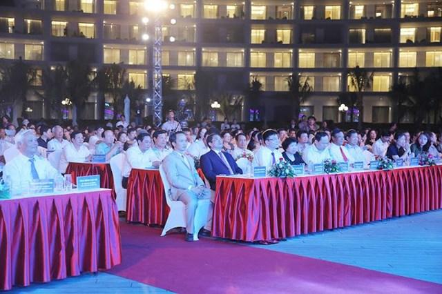 Các đại biểu tham dự Lễ khánh thành quần thể FLC Quy Nhơn