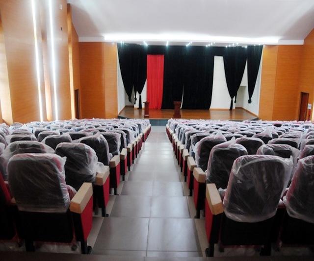 Hội trường lớn dành cho các sinh hoạt chung.
