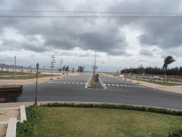 Khu công viên biển Bình Sơn - Ninh Chữ có nhiều dự án vẫn còn bỏ hoang.