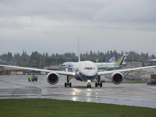 Chuyên cơ Gulfstream V. Dell được cho là đã nâng cấp lên Boeing Dreamliner 787 vào năm 2013.