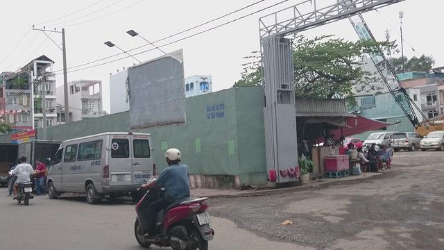 Đối với khu đất tại số 66 Tân Thành đang được đầu tư xây dựng dự án trung tâm thương mại