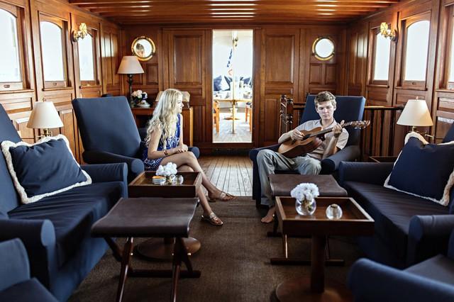 Dù giá vé và thuê rất đắt đỏ song du thuyền 90 tuổi lại không có TV hay điện thoại.