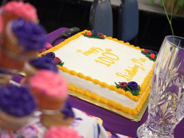 Bà Ma - tên thân mật của Dorothy - vừa kỷ niệm lần sinh nhật thứ 100 bên 13 người con, 51 cháu và nhiều chắt, chít.