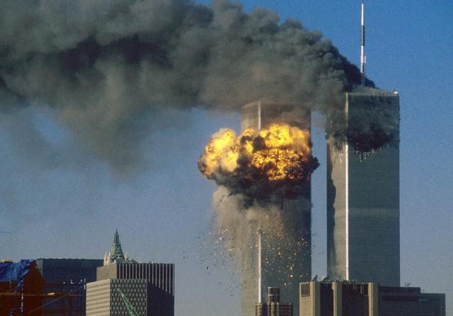 Một góc khác về vụ tấn công làm gần 3.000 người thiệt mạng.