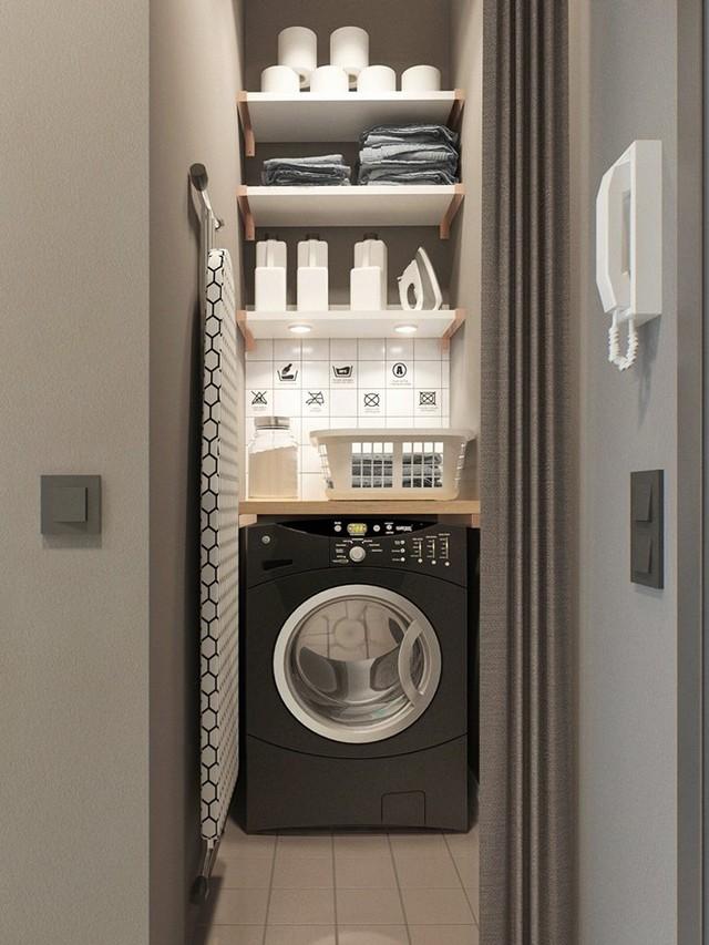 Góc nhỏ đặt máy giặt ngay cạnh lối vào vô cùng kín đáo.